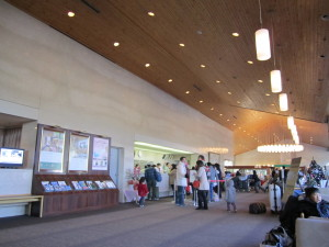 軽井沢プリンスホテルウエストさんのロビーホール