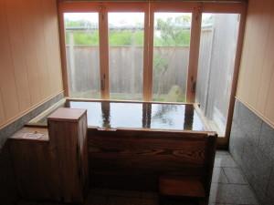 一関温泉:「山桜 桃の湯」さんの離れの部屋「こしあぶら」