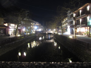 夜の城崎温泉