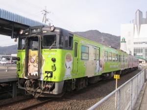 境港線の鬼太郎ラッピング列車
