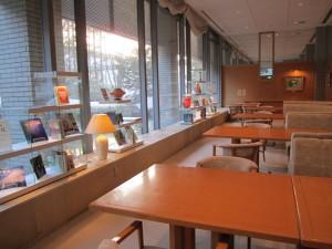 大鰐温泉:旅館「星野リゾート 界 津軽」さんのライブラリー