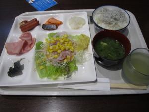 旅館:「ホテル三楽荘」さんの朝食「